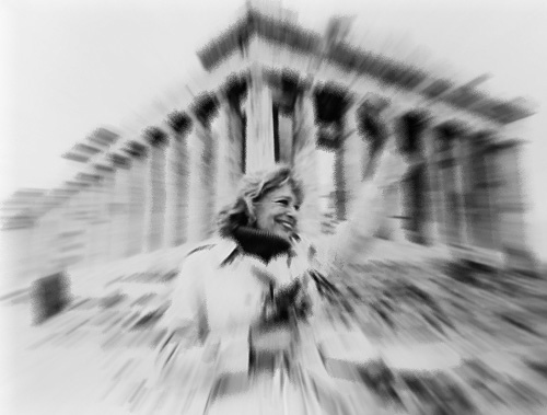 Η Μελίνα Μερκούρη ήταν μια από τις σημαντικότερες Ελληνίδες του 20ού αιώνα. Τη χαρακτήρισαν «τελευταία Ελληνίδα θεά» και «γυναίκα – φλόγα». Η Μελίνα Μερκούρη