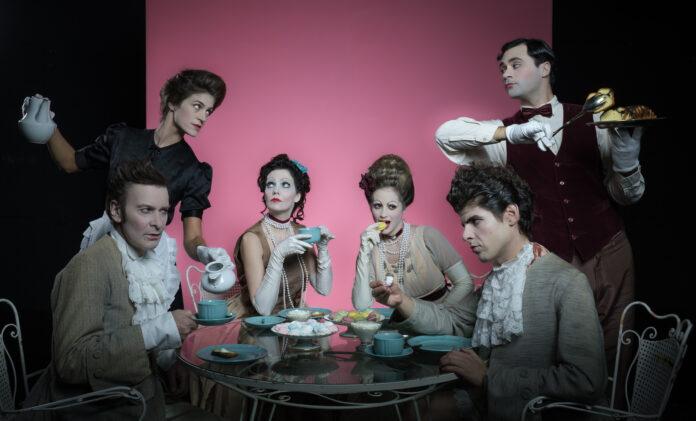 Στην πάνω σκηνή του Από Μηχανής Θεάτρου θα παρουσιαστεί από το Σάββατο 31 Οκτωβρίου, η κωμωδία του Πιερ ντε Μαριβώ, «Η Κληρονομιά»
