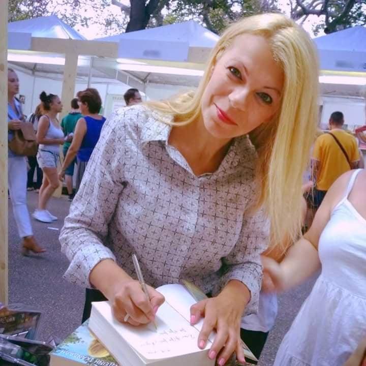Συνέντευξη με την Αλέκα Ζωγράφου για το καινούριο της βιβλίο